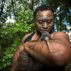 Rangi-te-ao-re-re Raki, Kiwis for Kiwi